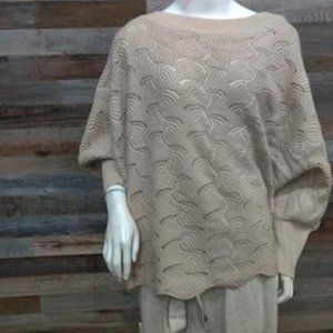 Andree True Beige Cream Scallop Sweater